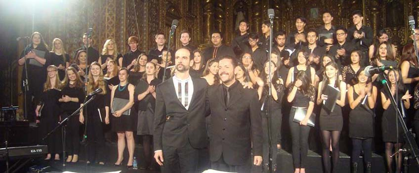 Pavlov and Chamber Singers at close of concert